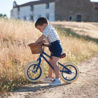 bbnove e-shop puériculture design - concept store made in france pour bébés Vélo enfant First go banwood